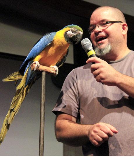 Juan Romero-Bird Show